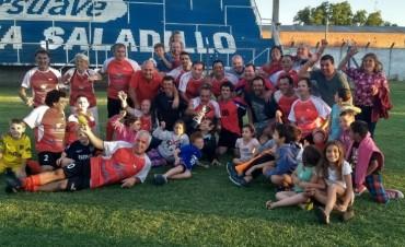 """La Lola campeón en veteranos: lo des """"corcho"""" en el final"""