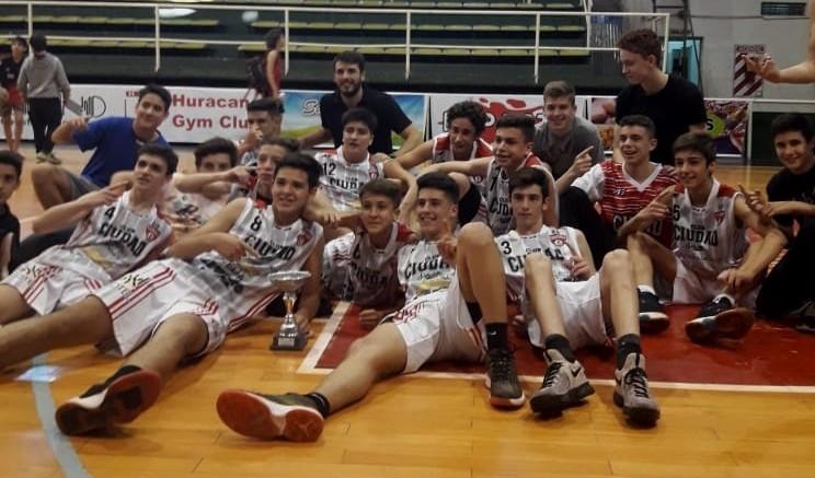 Ciudad de Saladillo campeón del Torneo Clausura sub15