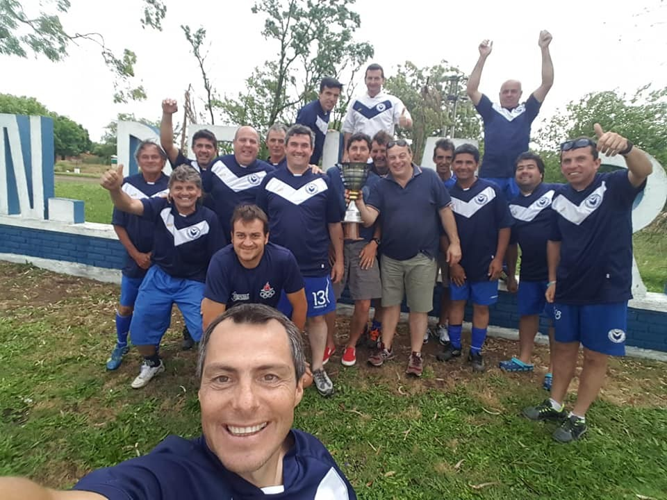 Riestra se coronó campeón del Torneo de Veteranos de Fútbol