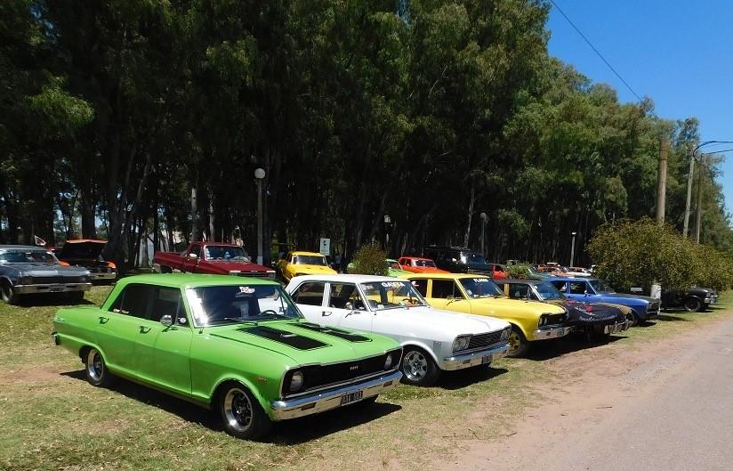 Se realizó el Encuentro Nacional Chevrolet en Cazón