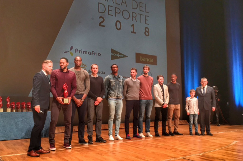 """Marcos Delía y el Ucam Murcia recibieron el premio a la mejor """"Gesta Deportiva"""""""