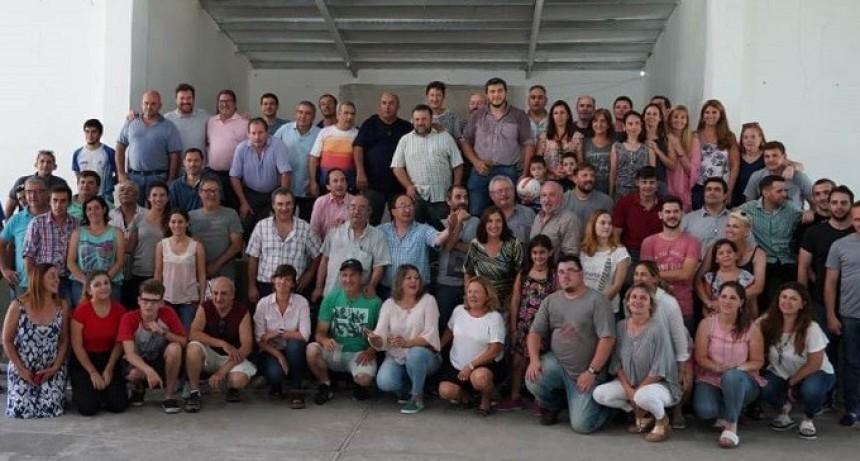 Despedida del año en Cazón con funcionarios y Periodistas