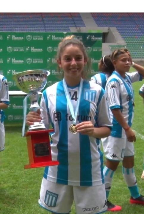 Luz Bollini campeona con Racing