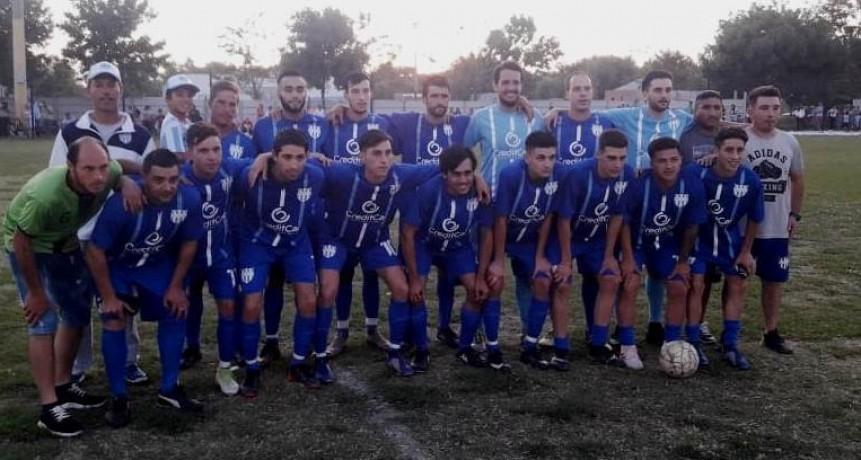 Defensores de Del Carril obtuvo la Copa de Campeones en Primera División
