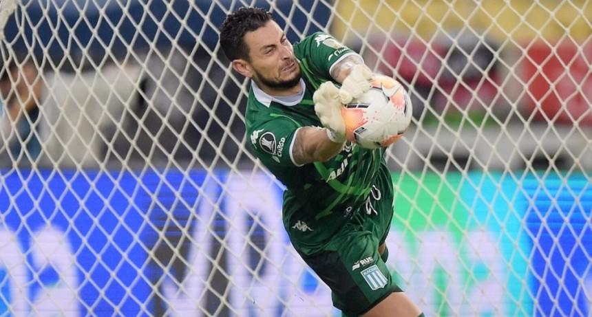 Racing se clasificó a cuartos de la Libertadores por penales y eliminó al campeón Flamengo