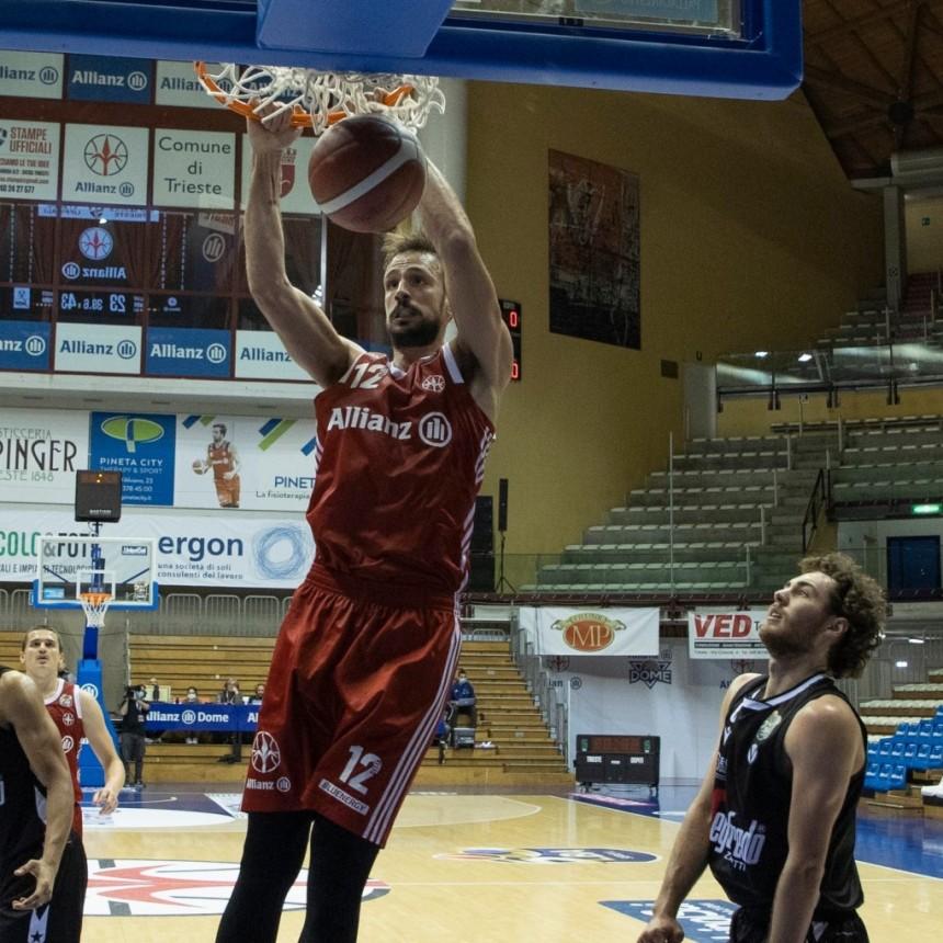 Marcos Delía permanecerá en Trieste un mes más