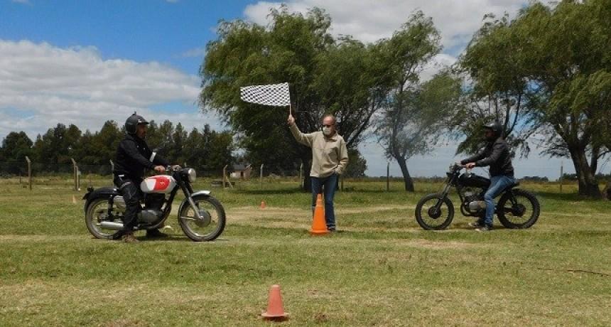 Club de Motos Clásicas y Antiguas cerró el año en Saladillo
